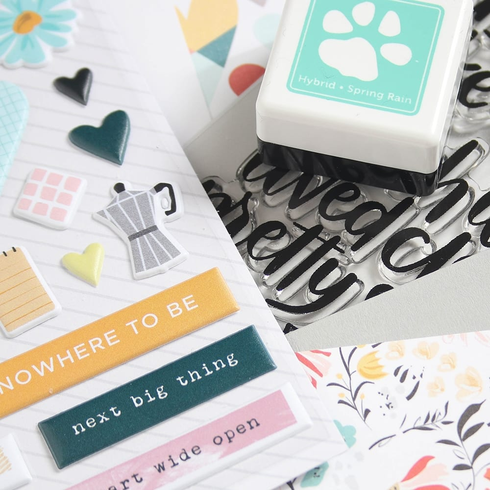 Simon Says Stamp May Card Kit. Find out more here http://limedoodledesign.com/2018/04/simon-says-stamp-may-2018-card-kit/