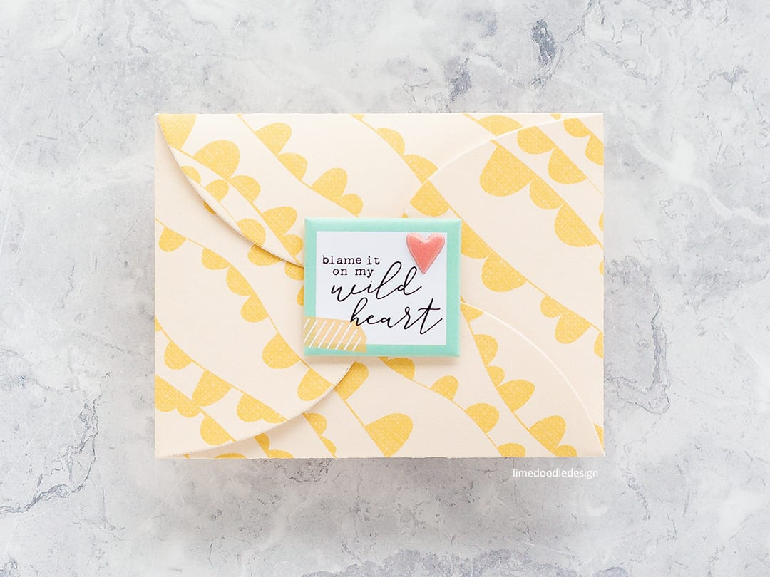 Creating two handmade cards, lined envelope and gift card holder with minimal supplies by Debby Hughes. Find out more here: http://limedoodledesign.com/2018/04/minimal-supplies/