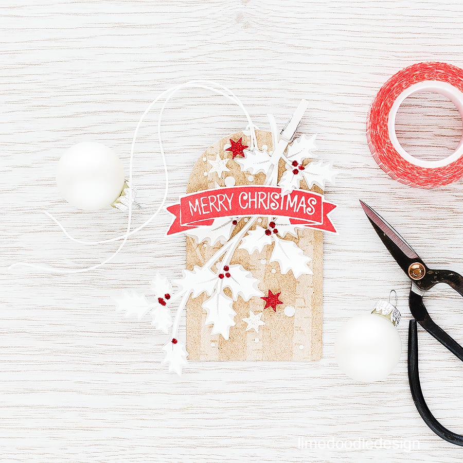 25 Days of Christmas Tags with Clearly Besotted Stamps. Find out more by visiting: https://limedoodledesign.com/2015/11/classic-christmas-giveaway/