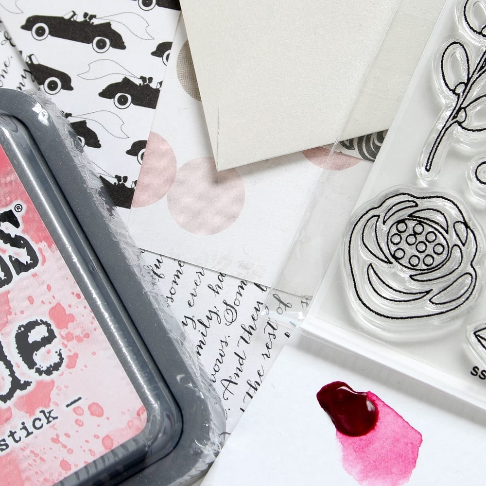 Simon Says Stamp June 2017 Card Kit. Find out more by clicking on the following link: https://limedoodledesign.com/2017/05/simon-says-stamp-june-card-kit/