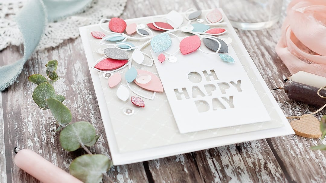 Video - leafy die cut loveliness! Handmade card by Debby Hughes using supplies from Simon Says Stamp. Find out more here: https://limedoodledesign.com/2018/12/video-leafy-loveliness/