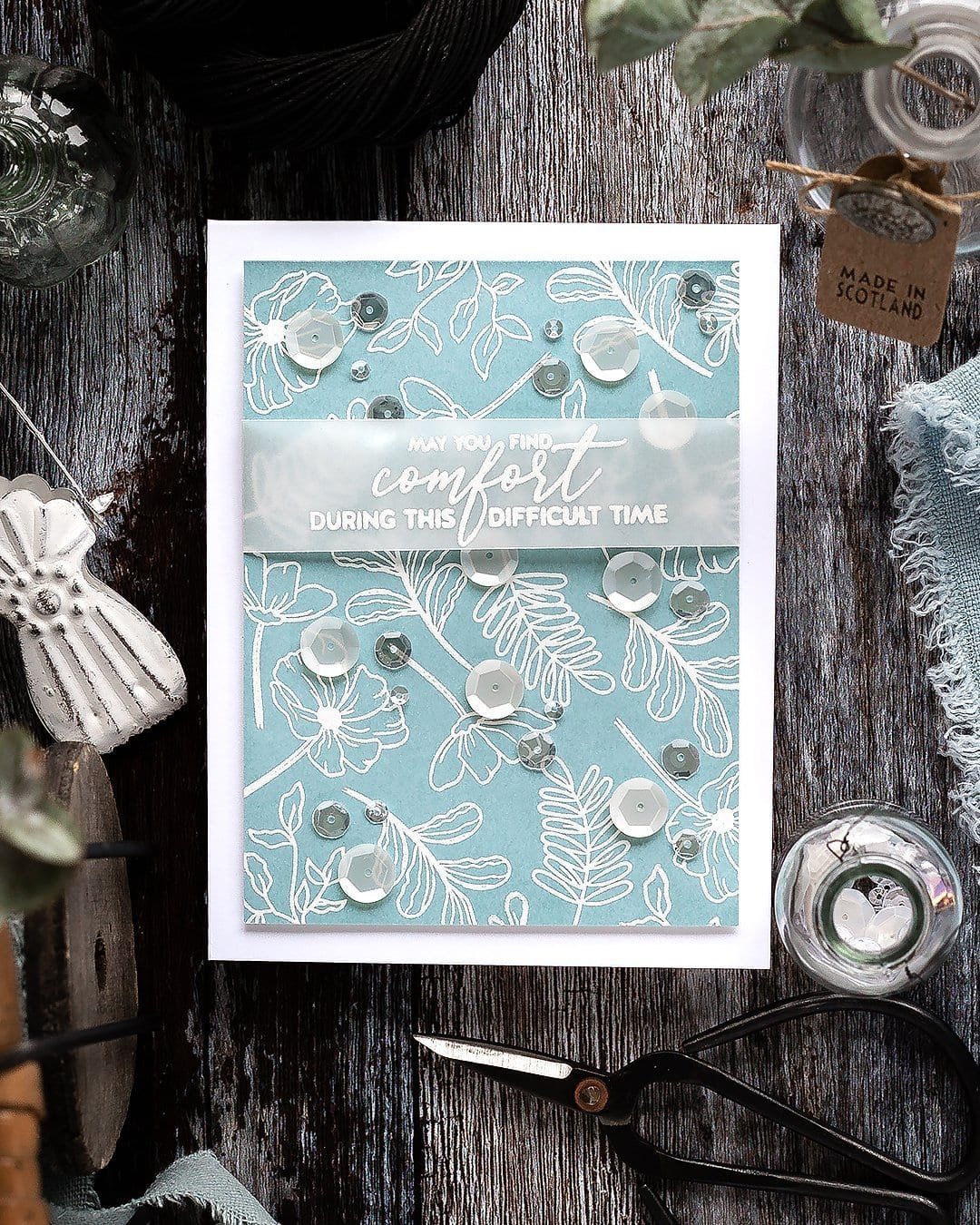 Video tutorial - simple white heat embossed flower pattern handmade sympathy card by Debby Hughes. Find out more here: https://limedoodledesign.com/2019/01/video-simple-white-embossed-flowers/