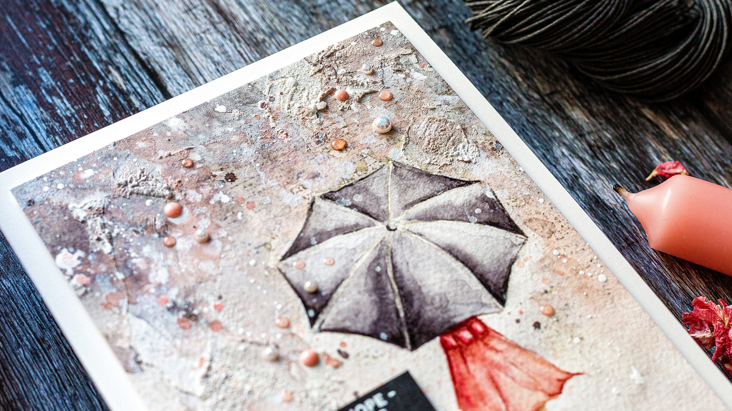 Video - texture + watercolour background handmade card by Debby Hughes using supplies from Simon Says Stamp #watercolor #homemade