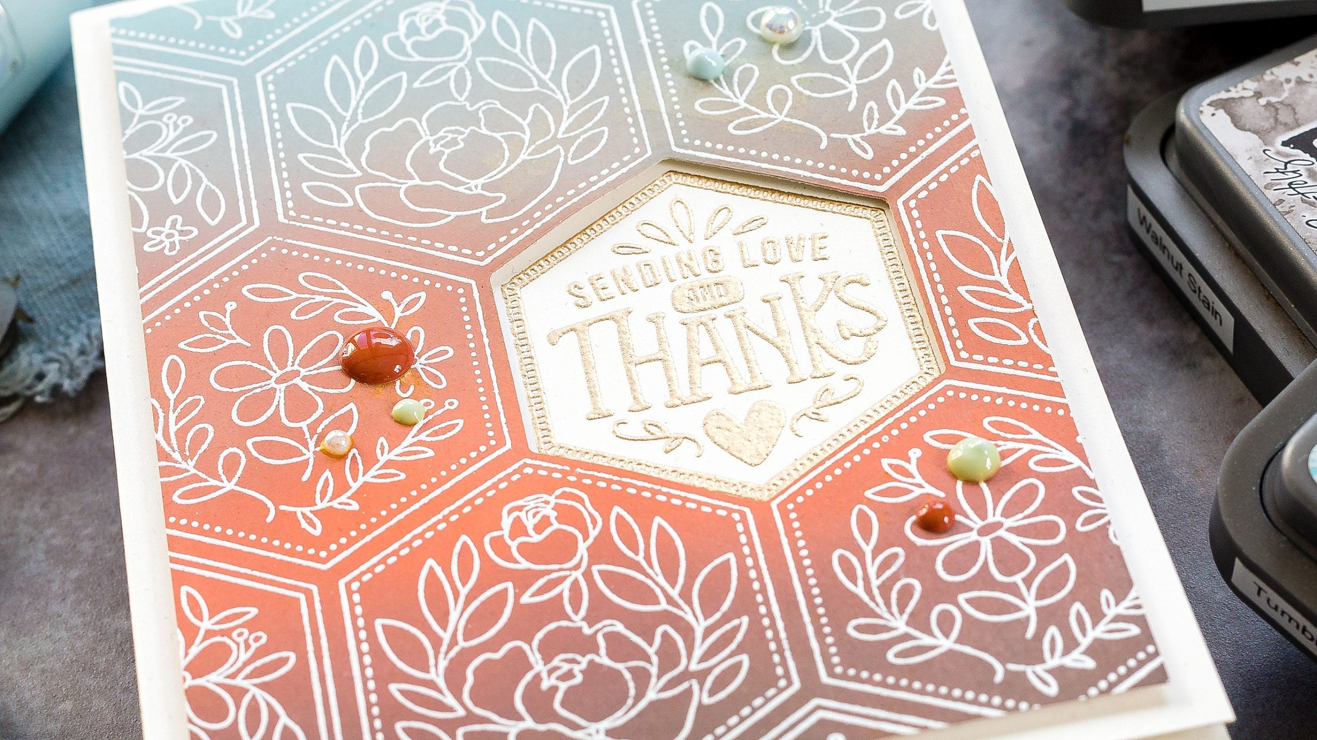 Distress Oxide blending tutorial. Handmade hexagon thank you card by Debby Hughes using supplies from Simon Says Stamp #homemade #tutorial #inkblending